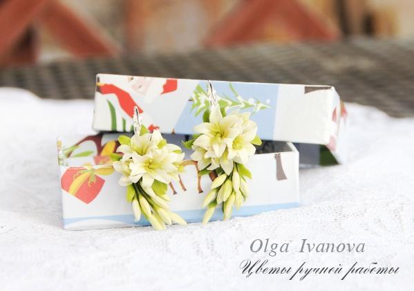 серьги в подарок, подарок, украшения ручной работы, керамическая флористика