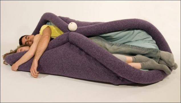 Любителям спать в обнимку