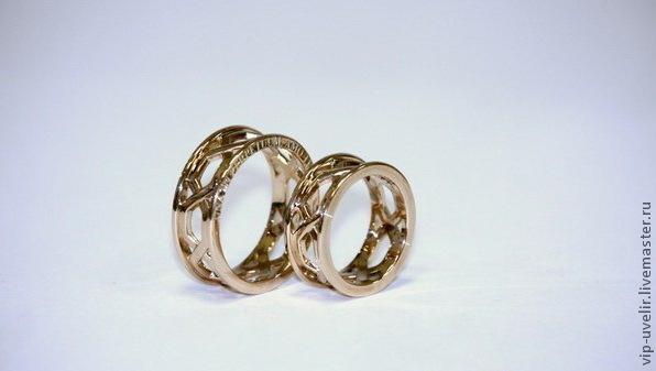 золотые украшения, обручальные кольца, необычные гравировки, кольца с гравировкой