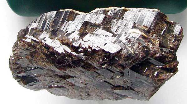 Редкие камни мира - Аксинит | Журнал Ярмарки Мастеров