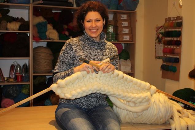 Самая толстая пряжа для вязания руками 9