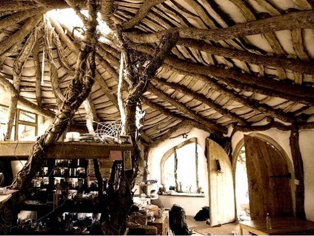 хоббит, деревянный дом