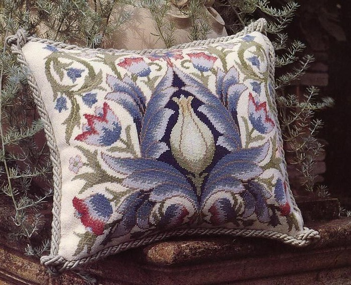 вышивка крестом, подушка-