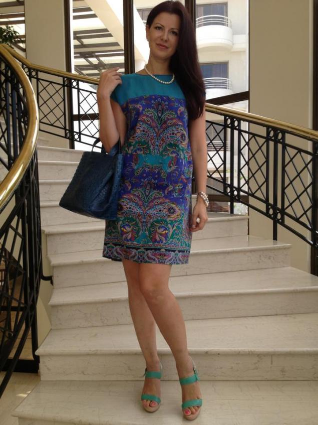 платье, павловопосадские платки, короткое платье, изумруд, летнее платье, шелк, легкое платье