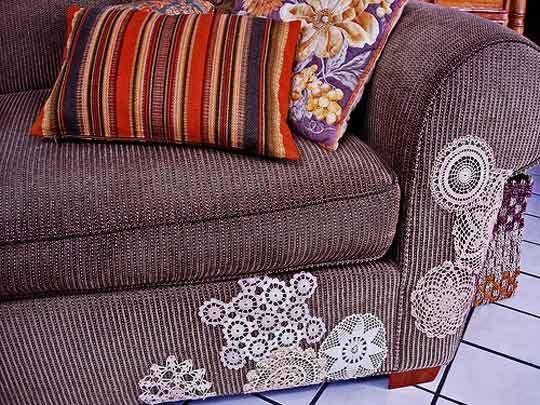 Doily couch applique