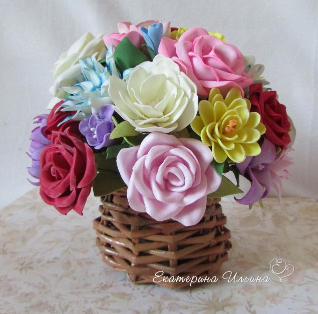 букет цветов, подарок для женщины
