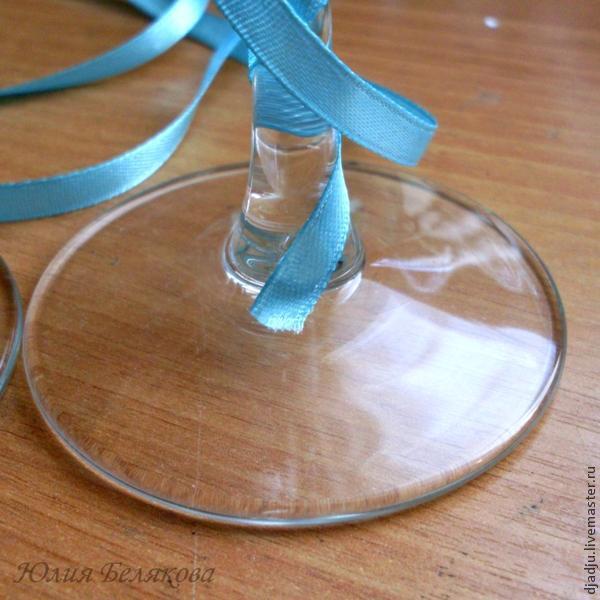 Свадебные бокалы, цветы из пластики, фото № 13