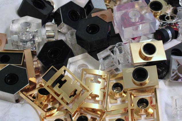 отдам даром, отдам, крышки от парфюма, сделай сам, бросовый материал