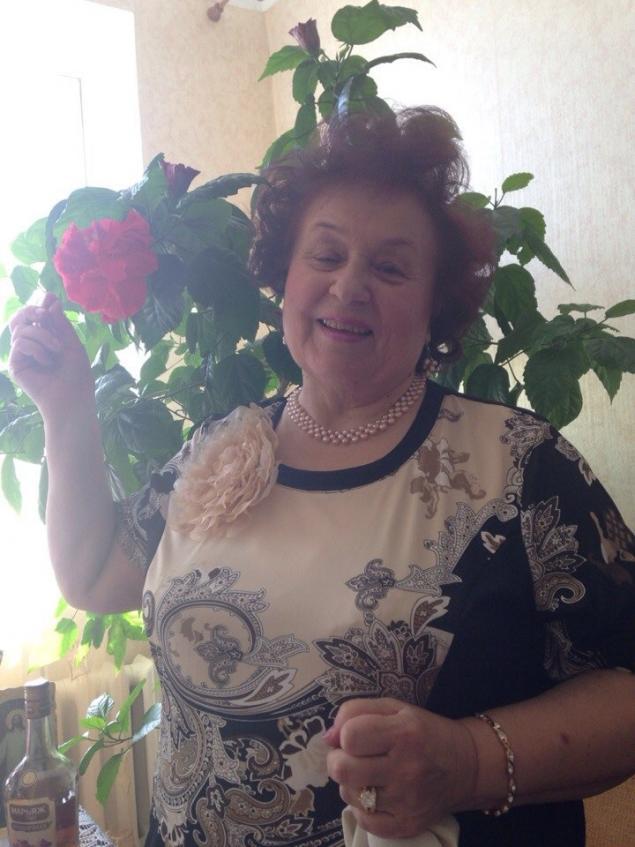 подарок бабушке, пуфик, мебель
