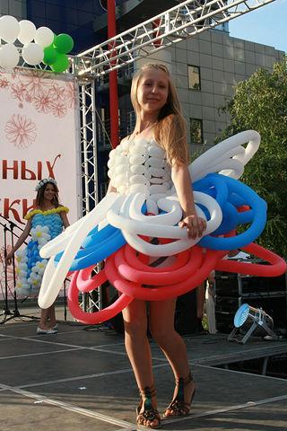 Платье из воздушных шаров пошаговая инструкция