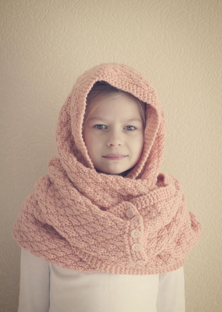 шарф вязаный, портрет