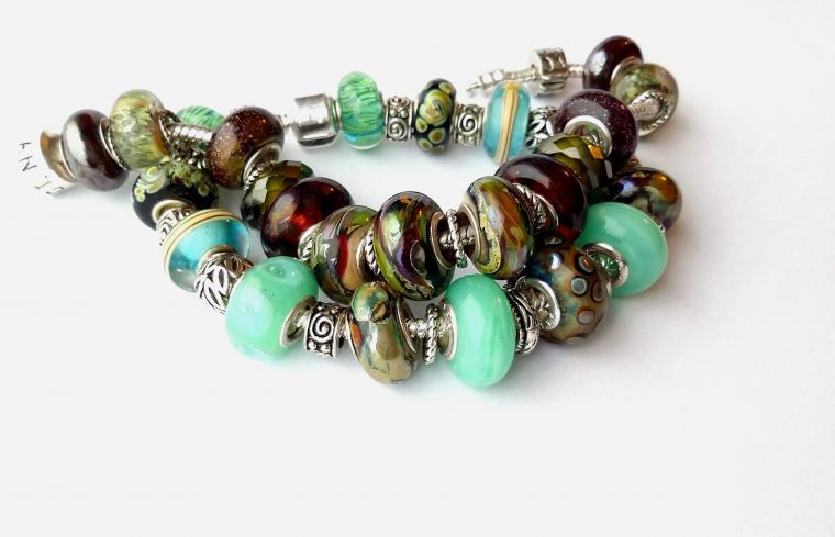 авторские браслеты, мельхиоровый браслет, свежая мята, бордовый, стекло с серебром