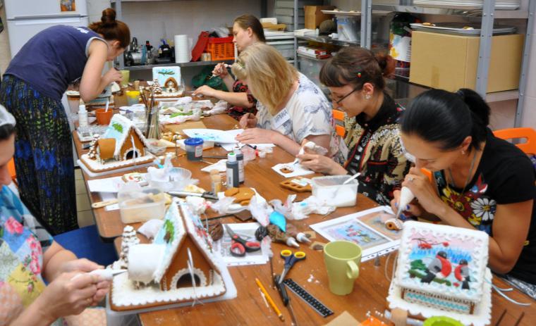Мастер-класс по росписи пряников