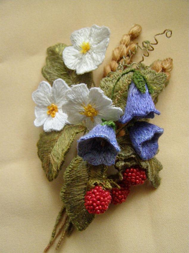 Объёмная вышивка гладью цветы