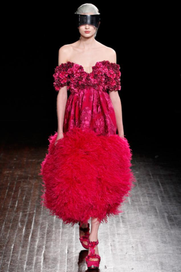 Мода-2013: Как правильно одеться на работу, свидание, праздник?