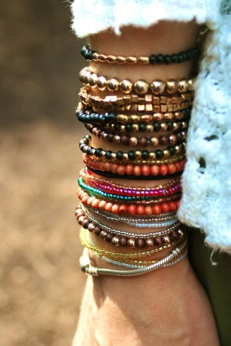 браслет, женский браслет, много браслетов, кожаный браслет, зеленый, розовый