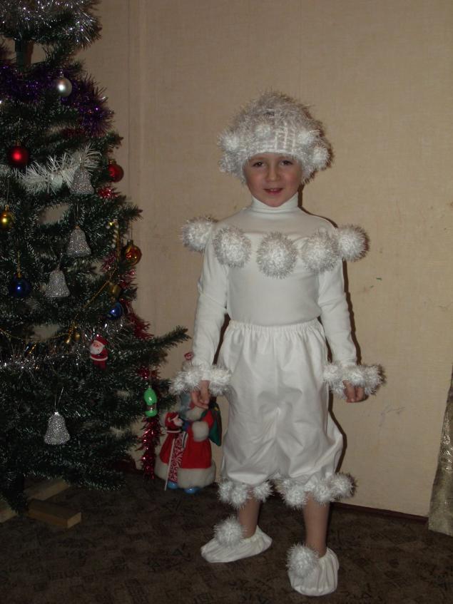 Новогодний костюм снежный ком своими руками