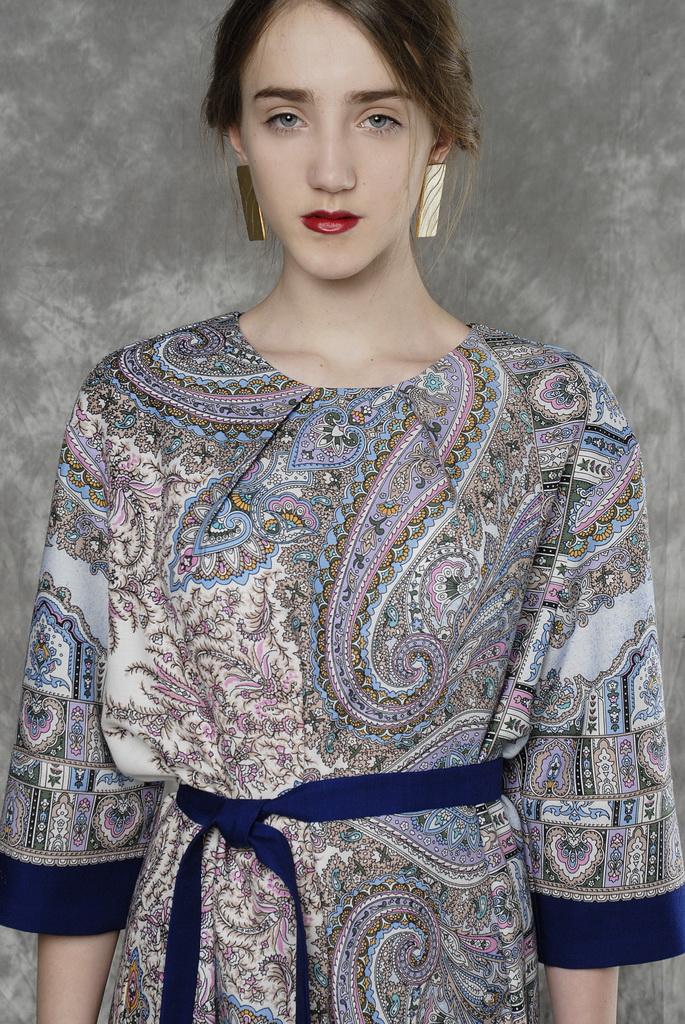 павловопосадские платки, платье из штапеля, комбинированное платье, пальто