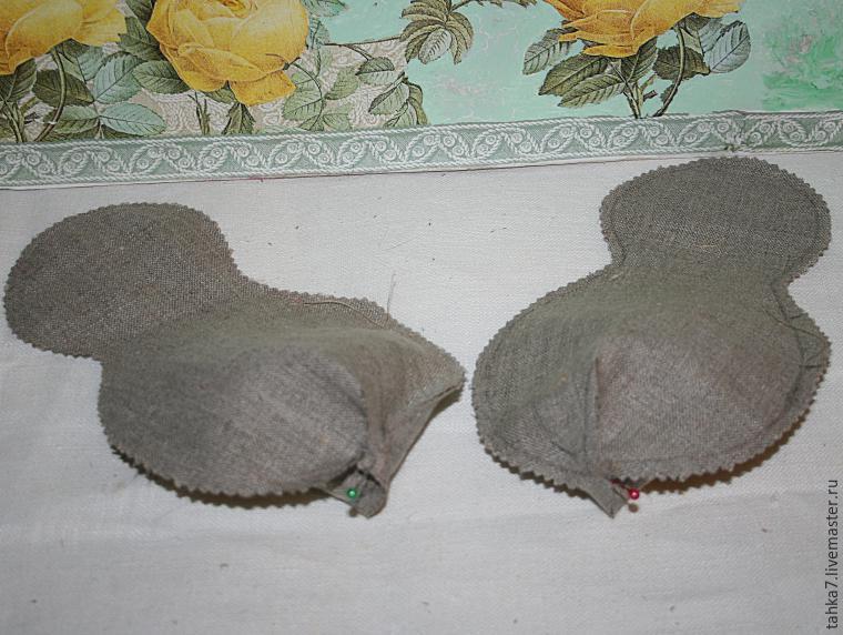 Прорезь в джинсах между ног у телки 13 фотография