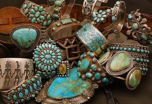 бирюзовый цвет, тайны камней, амулеты