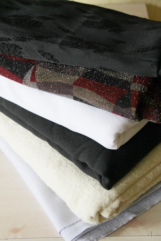ткани, костюмные ткани