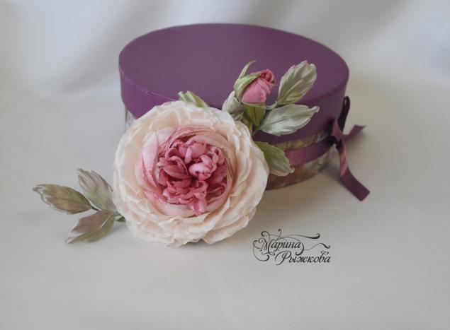 роза-староанглийская, шёлковая флористика