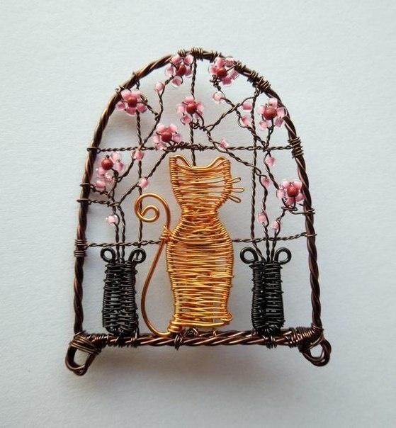 Проволочные кулоны-картины Louise Goodchilde, фото № 12