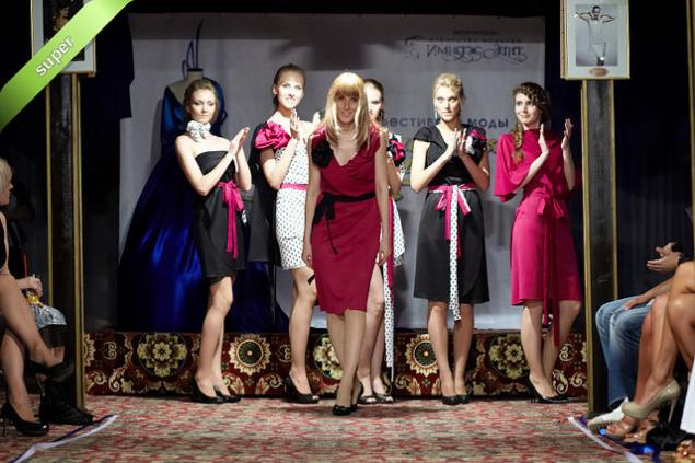дизайнер, дизайнерская одежда, подиум, мода