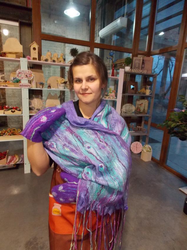 владивосток, валяние рукавичек