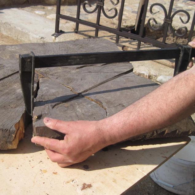 склеивание стула