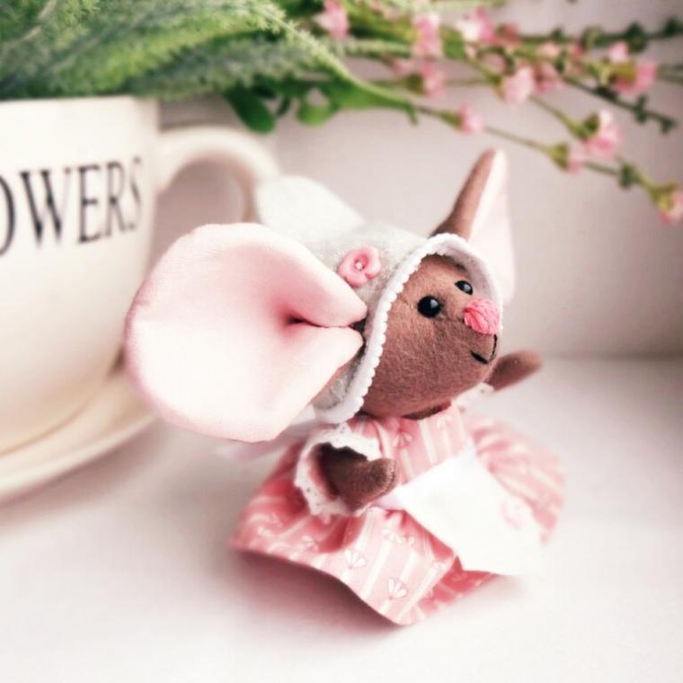 мышонок, мышка, авторская игрушка, сшить мышь, розовый