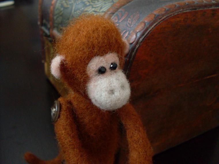 гороскоп год обезьяны, обезьянка своими руками, шерсть для валяния