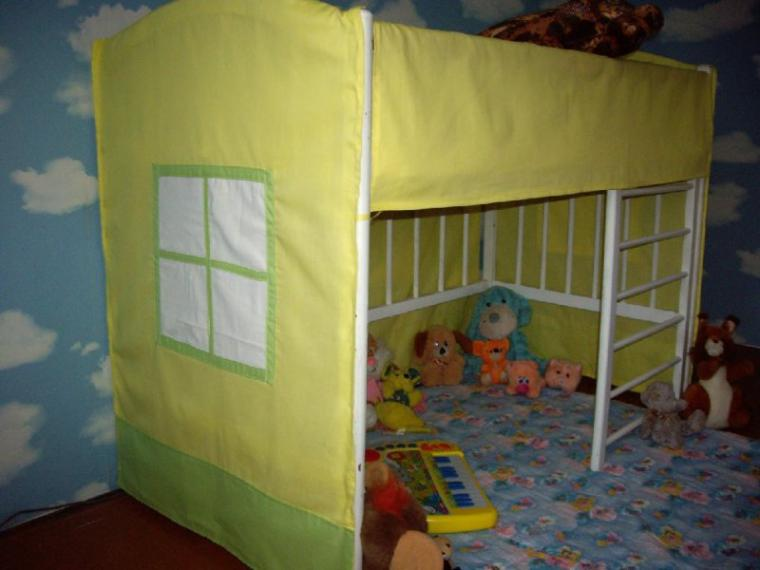 Как украсить старую детскую кроватку своими руками