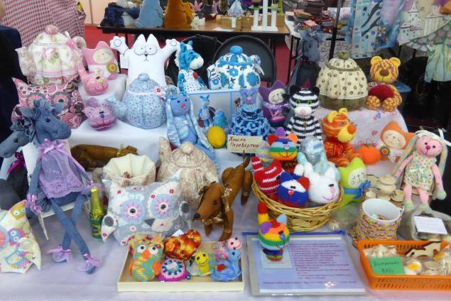 выставка, выставка кукол, выставка-продажа, куклы, куклы и игрушки, игрушки ручной работы, вязаная игрушка, подарок на 8 марта