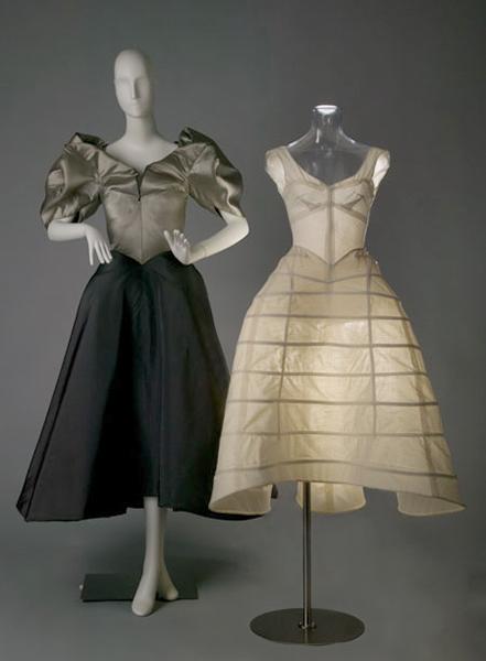 серое платье, стиль