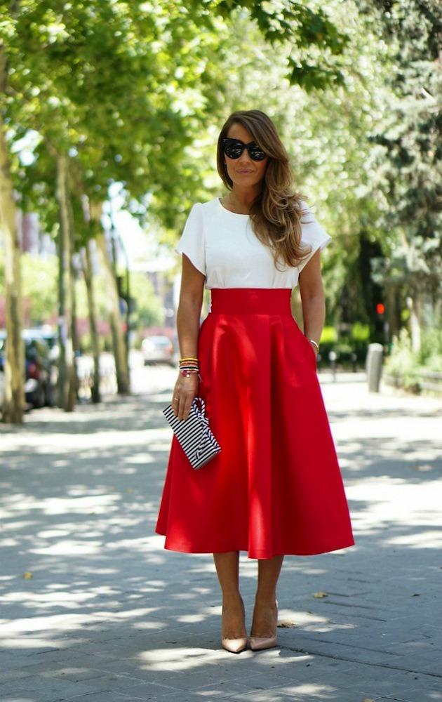 Красный низ белый верх платья