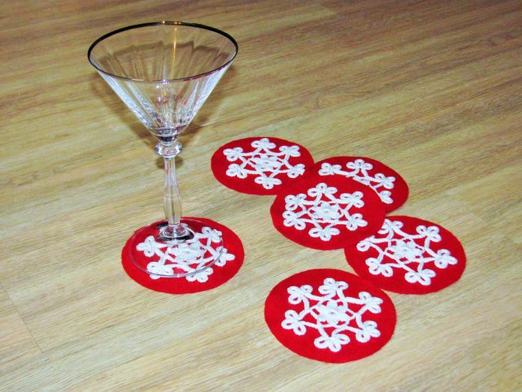 новогодний стол, подарок своими руками, снежинки