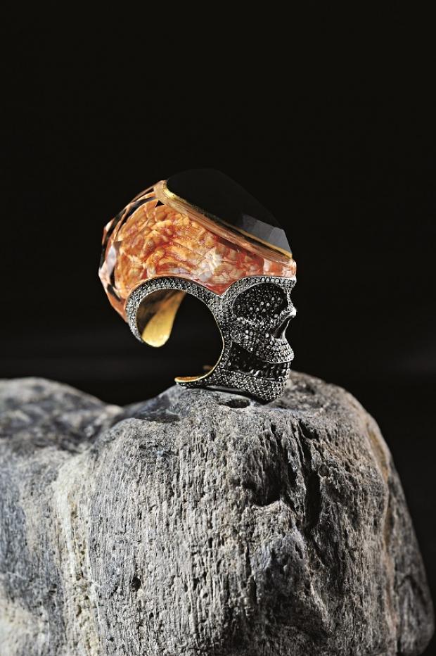 Невероятные кольца Севана Бичакчи