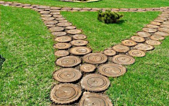 Дорожки садовые из дерева своими руками фото