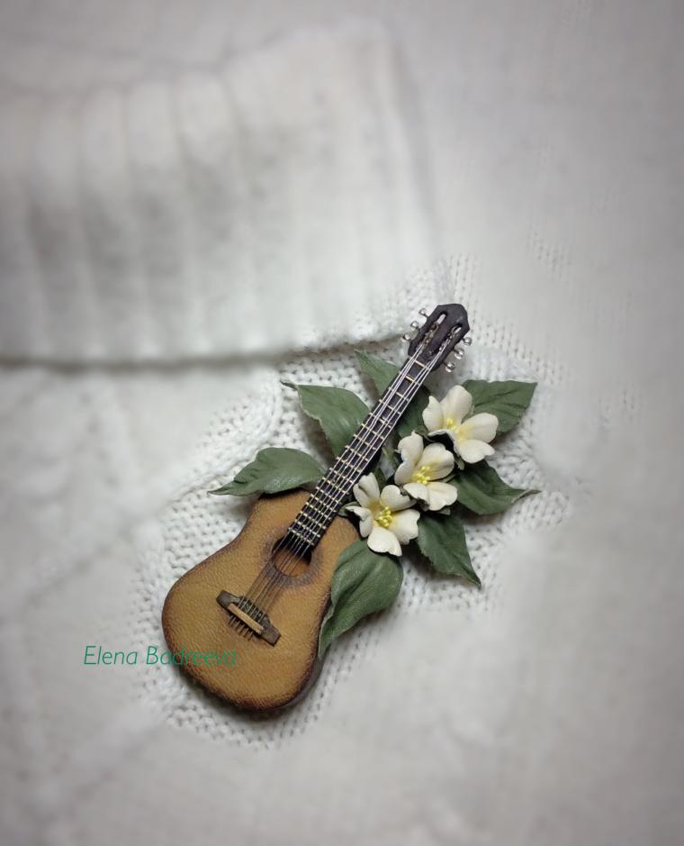 кожаная флористика, гитара