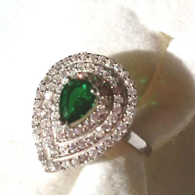серебряные кольца, кольцо с изумрудом