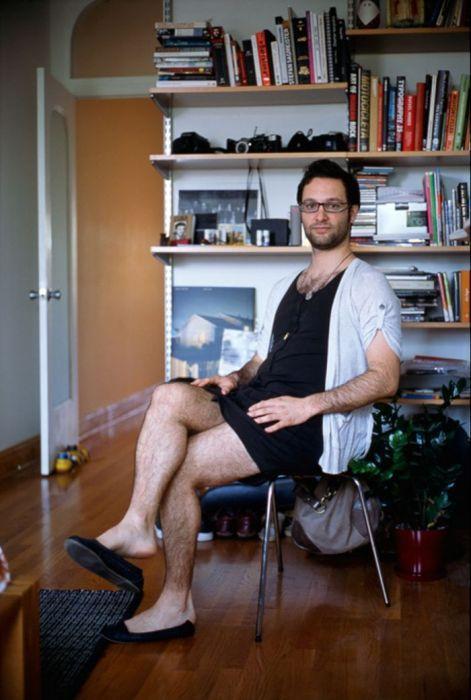 мужики в женской одежде онлайн