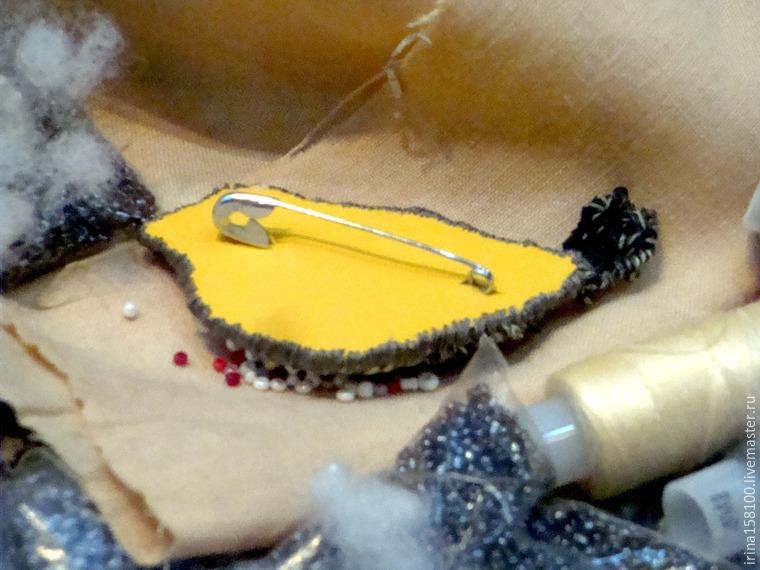 Вышиваем с бисером брошь «Воробушек», фото № 13