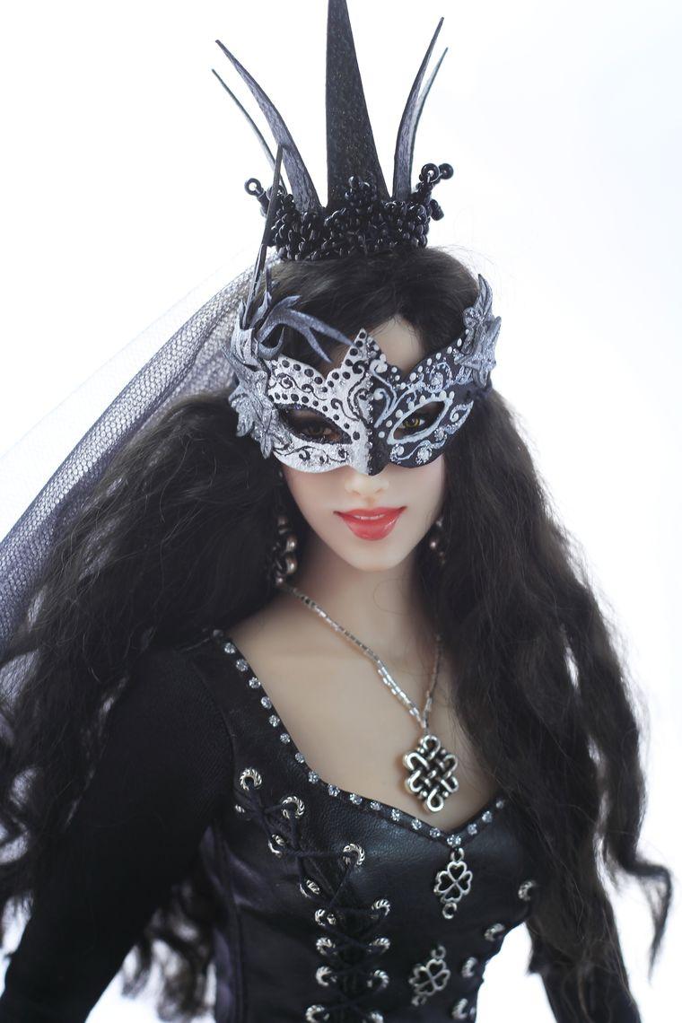 картинка черная королева
