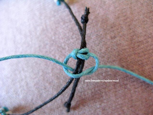 Как сделать браслет на эластичной нити