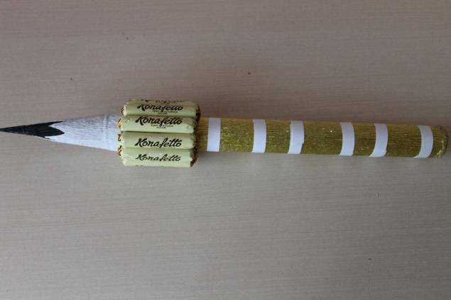 нашла Мастер-класс «канцелярский набор из конфет»