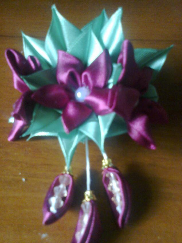 цветы из ткани, канзаши, аксессуары ручной работы