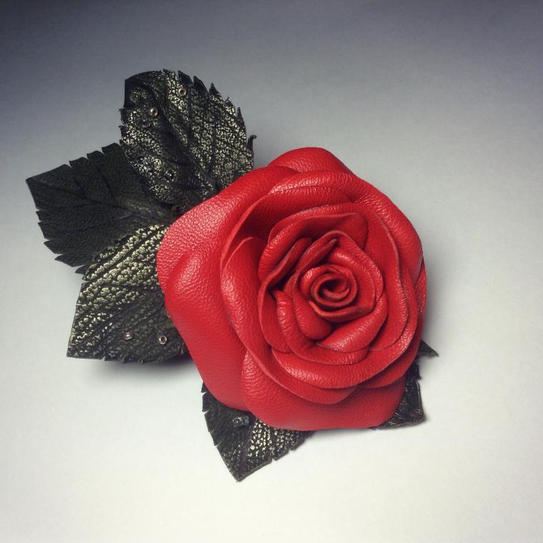 мастер-класс, роза из кожи, создание украшений, мк по обработке кожи, цветок из кожи, кожаная брошь, мк по кожаной броши, создание розы из кожи, брошь из кожи