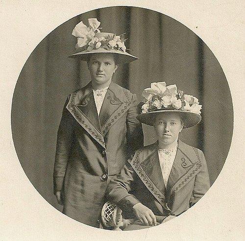 шляпа дамы