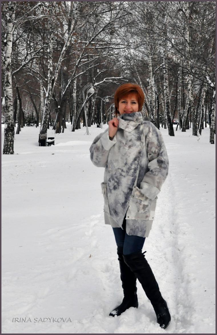 """И.Садыкова """"Пальто свободного силуэта"""""""